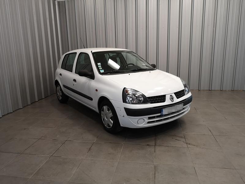 Photo 2 de l'offre de RENAULT CLIO II CAMPUS 1.2 60CH AUTHENTIQUE 5P à 3990€ chez Auto VEC
