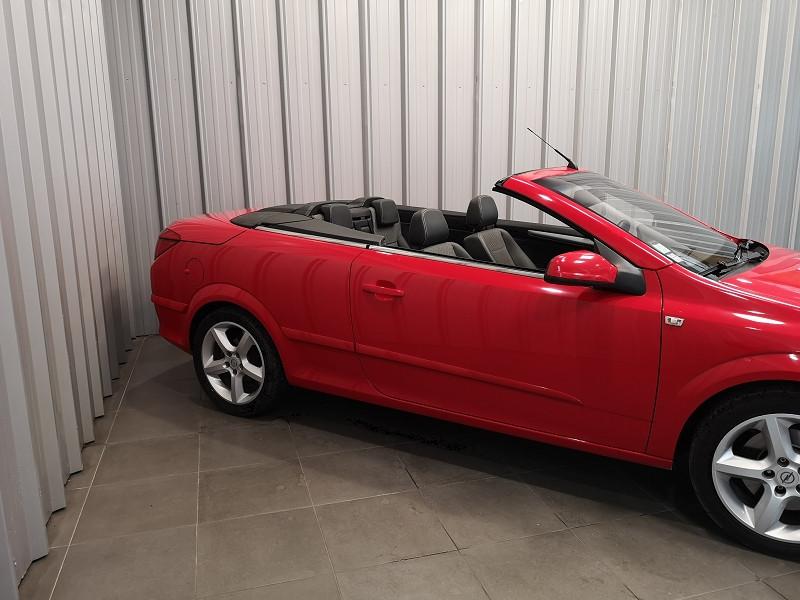 Photo 9 de l'offre de OPEL ASTRA TWINTOP 1.6 TURBO COSMO à 6490€ chez Auto VEC
