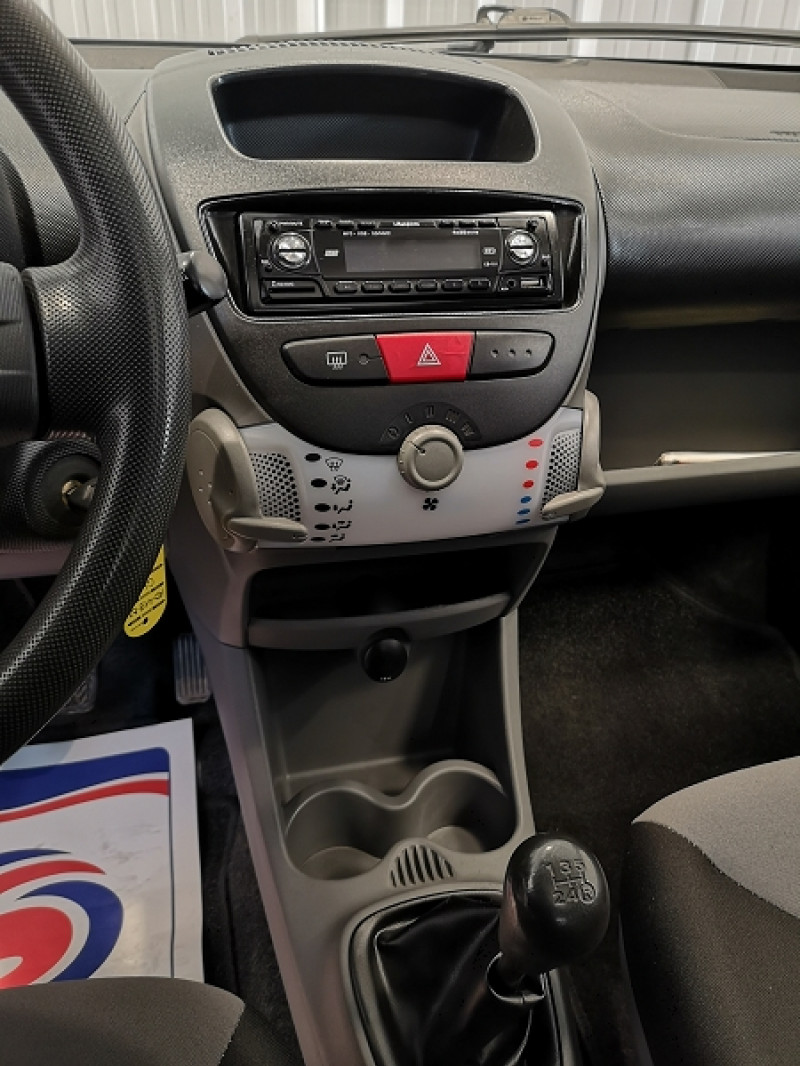 Photo 10 de l'offre de CITROEN C1 1.0I ATTRACTION 5P à 4490€ chez Auto VEC