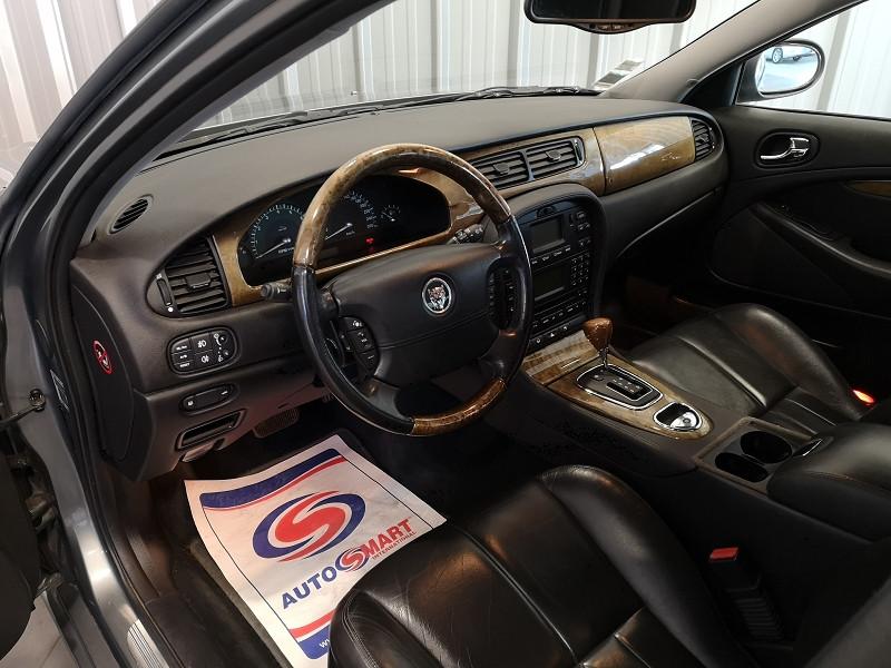 Photo 7 de l'offre de JAGUAR S-TYPE 3.0 V6 CLASSIQUE BA à 7990€ chez Auto VEC
