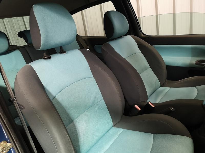 Photo 11 de l'offre de RENAULT CLIO II 1.2 16V 75CH AUTHENTIQUE 3P à 3490€ chez Auto VEC