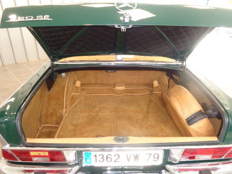 Photo 12 de l'offre de MERCEDES 220 SE à 22990€ chez Auto VEC