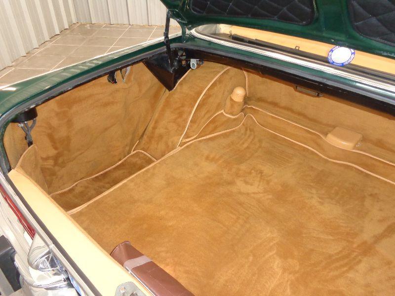 Photo 11 de l'offre de MERCEDES 220 SE à 22990€ chez Auto VEC
