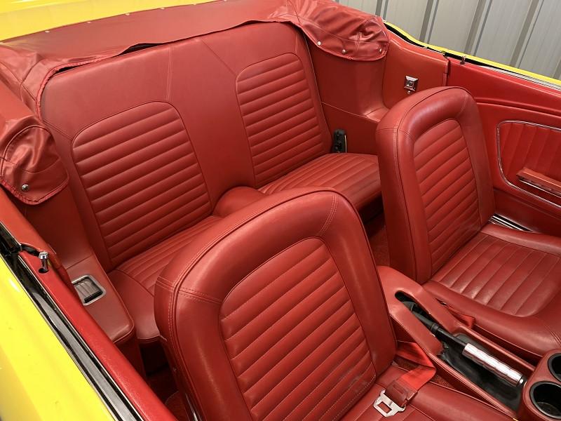 Photo 19 de l'offre de FORD MUSTANG RESTOMOD USA à 45990€ chez Auto VEC