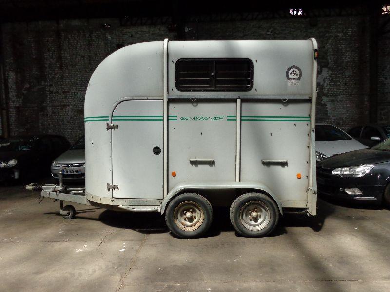 Photo 1 de l'offre de FAUTRAS VAN--  à 3990€ chez Auto VEC