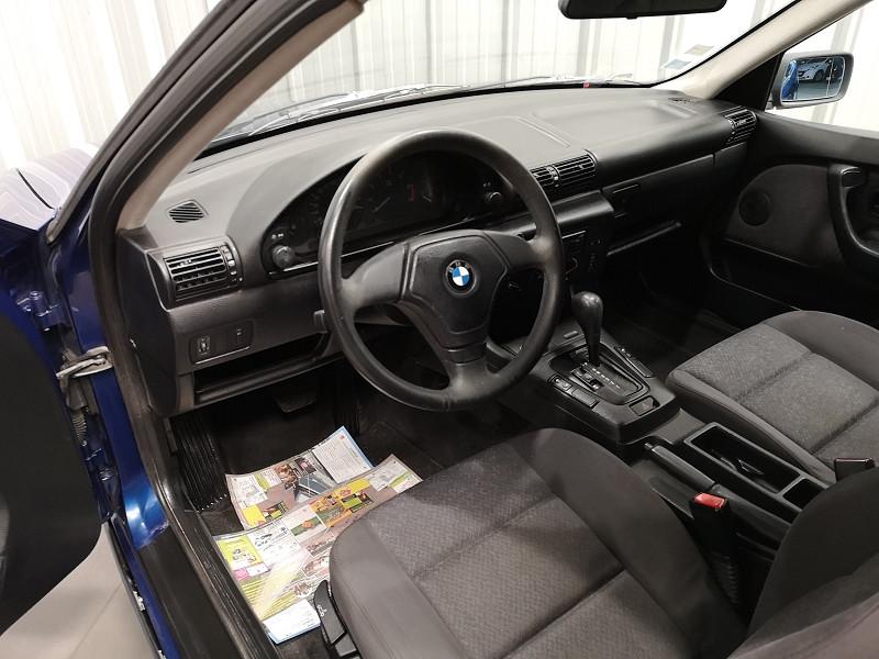 Photo 7 de l'offre de BMW SERIE 3 COMPACT (E36) 316IA 105CH à 5490€ chez Auto VEC