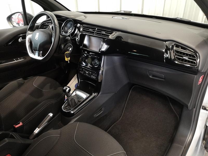 Photo 8 de l'offre de CITROEN DS3 1.6 E-HDI90 SO CHIC 4CV à 9490€ chez Auto VEC