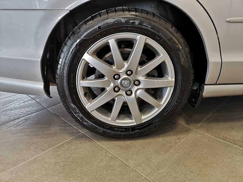 Photo 14 de l'offre de JAGUAR S-TYPE 3.0 V6 PACK BA à 3990€ chez Auto VEC