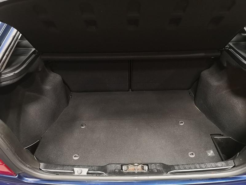 Photo 13 de l'offre de BMW SERIE 3 COMPACT (E36) 316IA 105CH à 5490€ chez Auto VEC