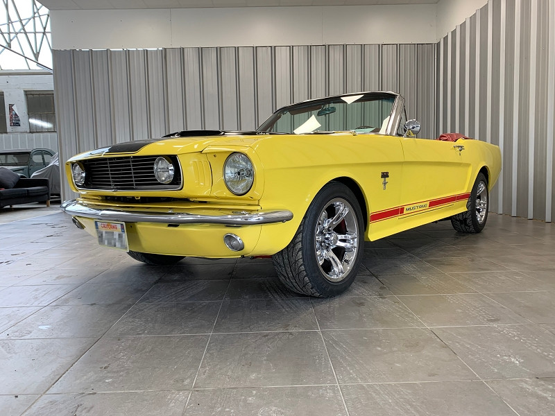 Photo 3 de l'offre de FORD MUSTANG RESTOMOD USA à 45990€ chez Auto VEC