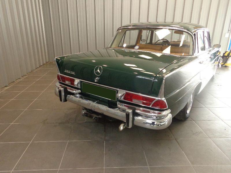 Photo 9 de l'offre de MERCEDES 220 SE à 22990€ chez Auto VEC
