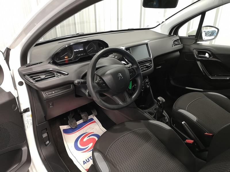 Photo 7 de l'offre de PEUGEOT 208 1.6 BLUEHDI 75CH ACTIVE 3P à 7990€ chez Auto VEC