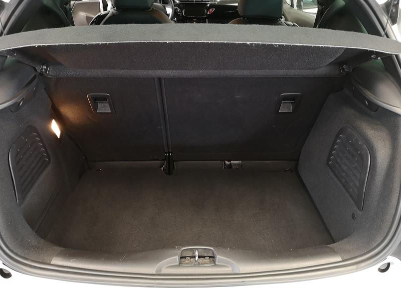 Photo 15 de l'offre de CITROEN DS3 1.6 E-HDI90 SO CHIC 4CV à 9490€ chez Auto VEC