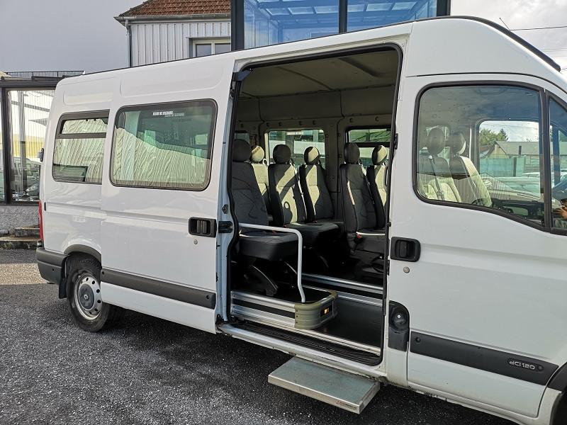 Photo 14 de l'offre de RENAULT MASTER II BUS L3H2 3T9 2.5 DCI 120CH à 9990€ chez Auto VEC