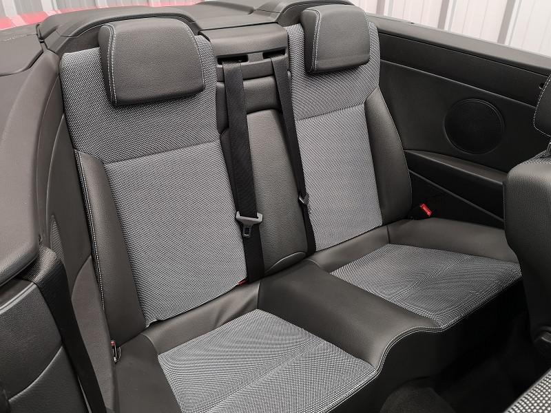 Photo 14 de l'offre de OPEL ASTRA TWINTOP 1.6 TURBO COSMO à 6490€ chez Auto VEC