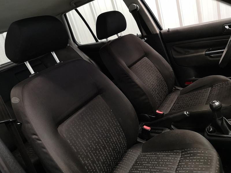 Photo 10 de l'offre de VOLKSWAGEN GOLF IV 1.9 TDI 110CH 5P à 3490€ chez Auto VEC
