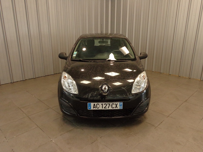 Photo 14 de l'offre de RENAULT TWINGO 1.2 LEV 16V 75CH AUTHENTIQUE à 4990€ chez Auto VEC
