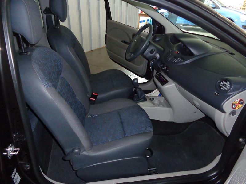 Photo 7 de l'offre de RENAULT TWINGO 1.2 LEV 16V 75CH AUTHENTIQUE à 4990€ chez Auto VEC