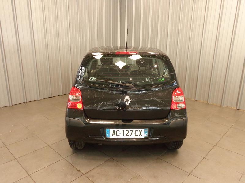 Photo 11 de l'offre de RENAULT TWINGO 1.2 LEV 16V 75CH AUTHENTIQUE à 4990€ chez Auto VEC