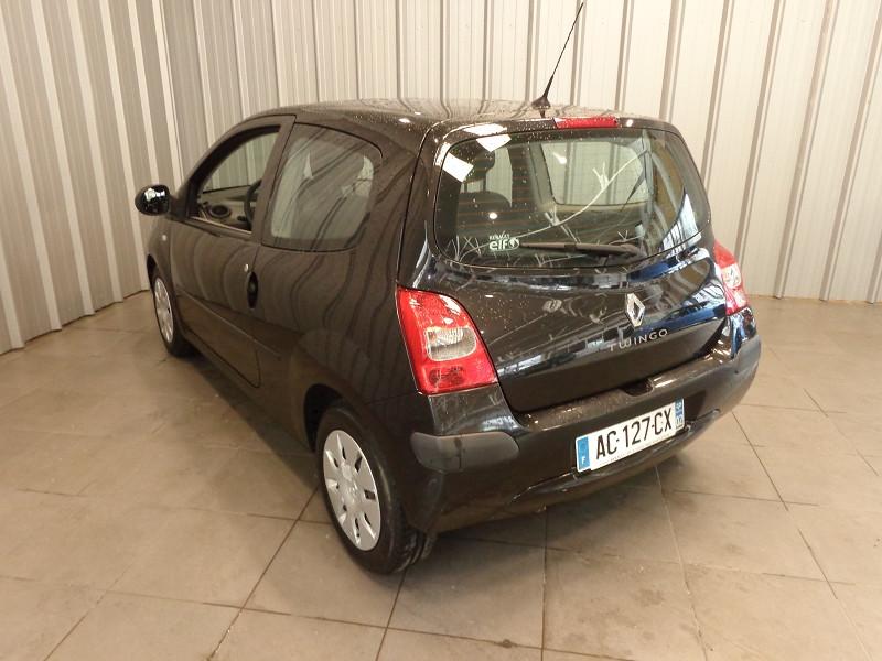 Photo 10 de l'offre de RENAULT TWINGO 1.2 LEV 16V 75CH AUTHENTIQUE à 4990€ chez Auto VEC