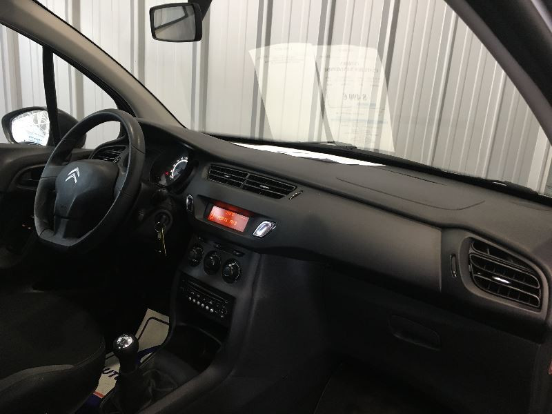 Photo 6 de l'offre de CITROEN C3 STE HDI 70 CLUB ENTREPRISE à 6990€ chez Auto VEC