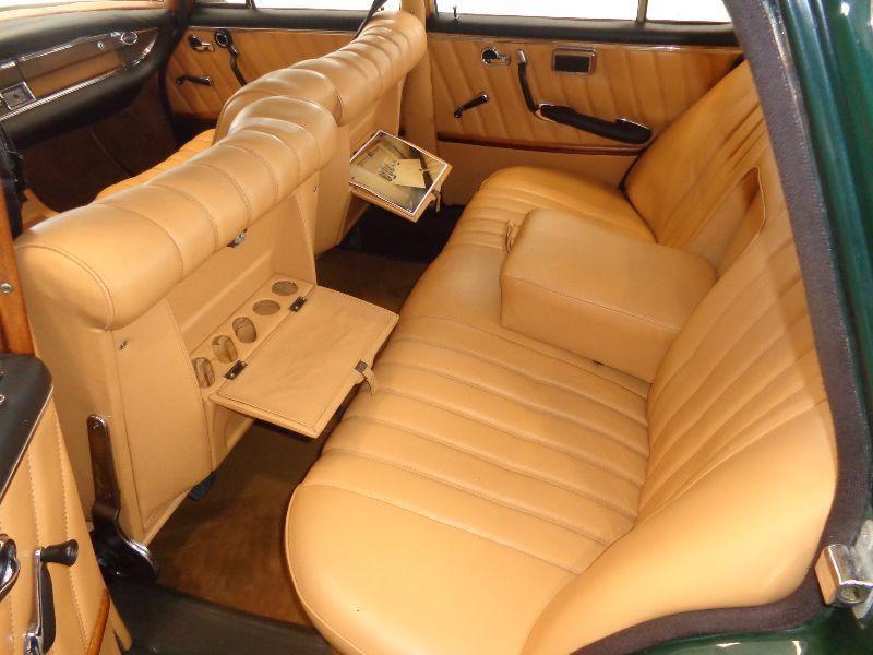 Photo 13 de l'offre de MERCEDES 220 SE à 22990€ chez Auto VEC