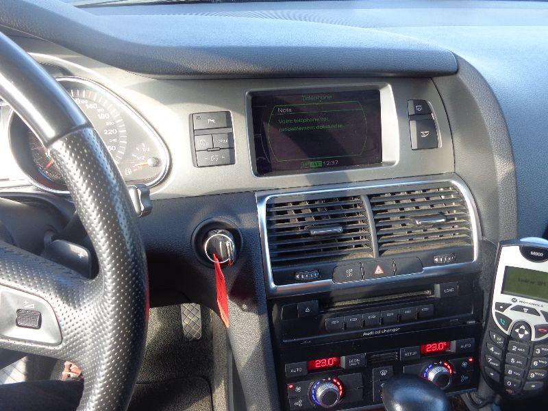Photo 3 de l'offre de AUDI Q7 4.2 FSI AVUS TTRO 7PL à 23990€ chez Auto VEC