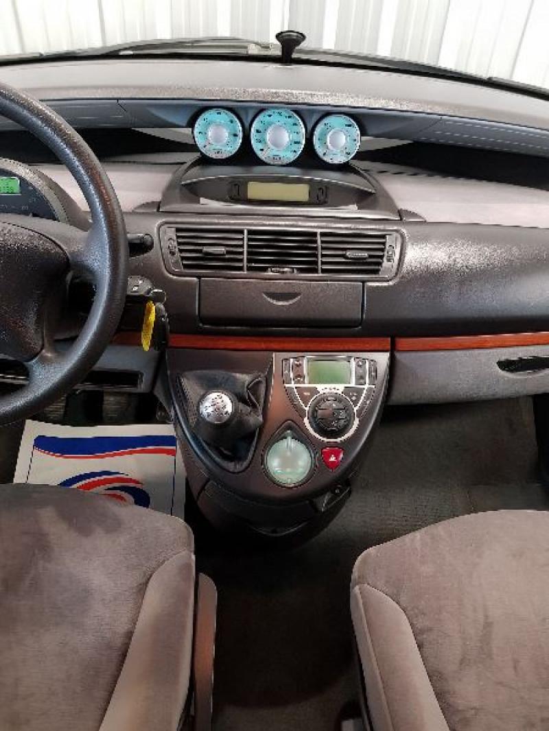 Photo 9 de l'offre de CITROEN C8 2.0 HDI110 16V FAP PACK 7PL à 5490€ chez Auto VEC