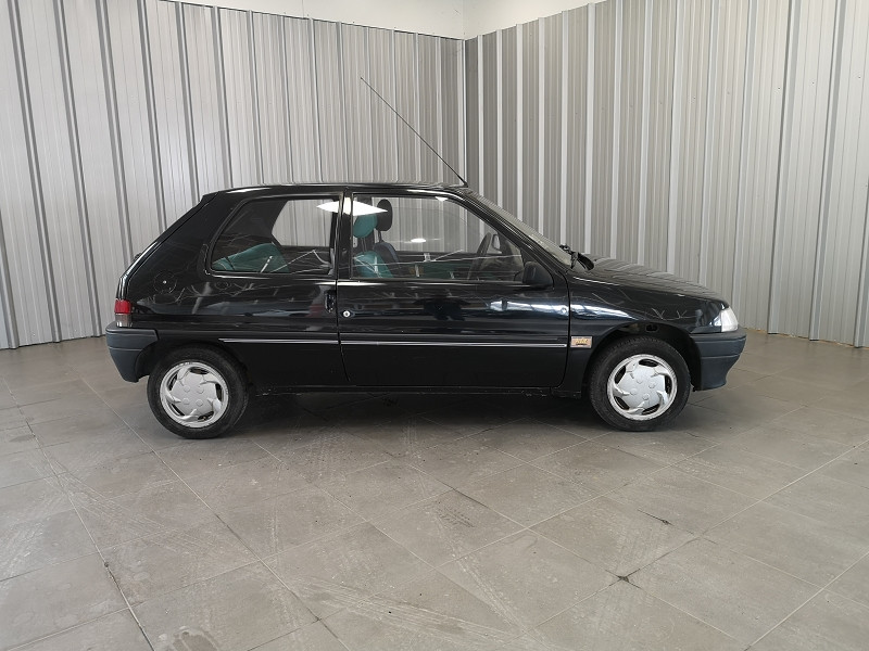 Photo 3 de l'offre de PEUGEOT 106 1.0 KID 3P à 2990€ chez Auto VEC