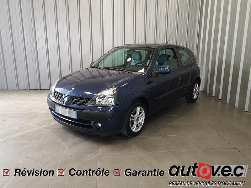 Renault CLIO II 1.2 16V 75CH AUTHENTIQUE 3P Essence BLEU Occasion à vendre