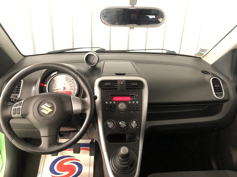 Photo 7 de l'offre de SUZUKI SPLASH 1.2 GLS 5P à 5490€ chez Auto VEC