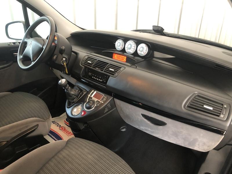Photo 11 de l'offre de CITROEN C8 2.0 HDI135 FAP ROSSIGNOL II 7PL à 6990€ chez Auto VEC