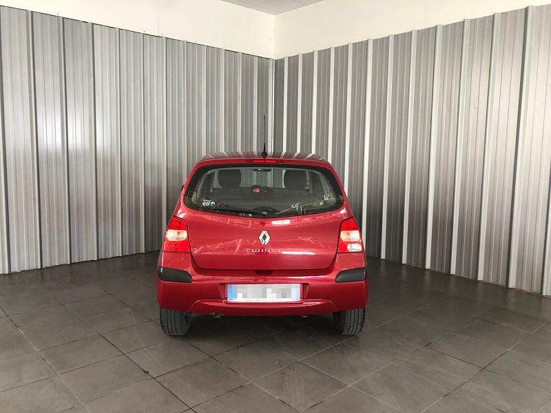 Photo 4 de l'offre de RENAULT TWINGO II 1.2 LEV 16V 75CH AUTHENTIQUE à 4990€ chez Auto VEC
