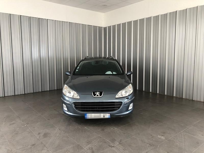 Photo 2 de l'offre de PEUGEOT 407 SW 2.2 HDI 16V PREMIUM FAP à 3990€ chez Auto VEC