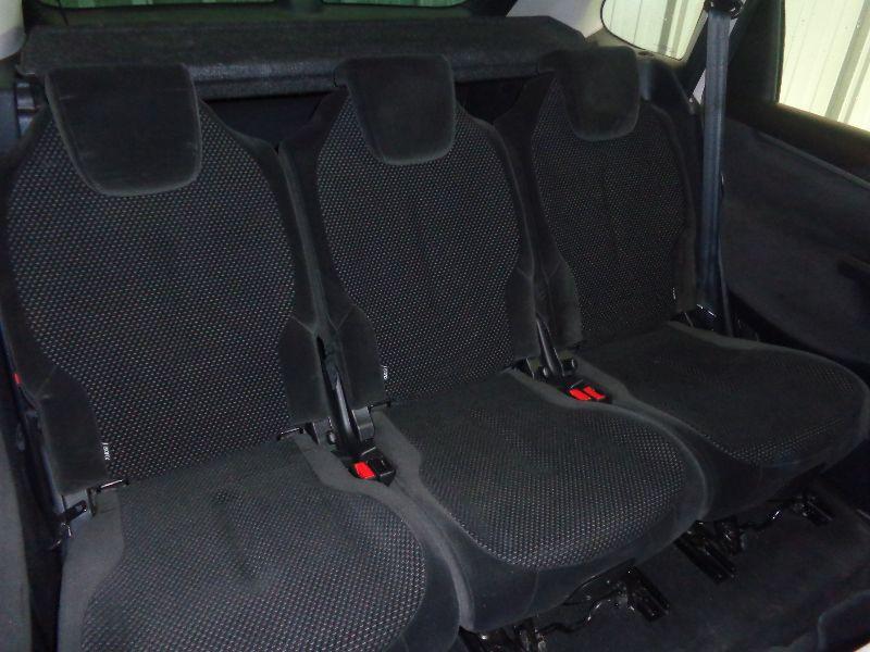Photo 9 de l'offre de CITROEN C4 PICASSO 1.6 HDI110 PACK AMBIANCE FAP BMP6 à 6490€ chez Auto VEC