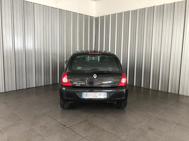 Photo 4 de l'offre de RENAULT CLIO II CAMPUS 1.2 60CH DYNAMIQUE 5P à 5490€ chez Auto VEC