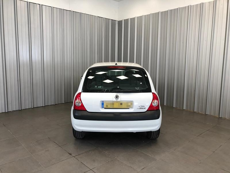 Photo 4 de l'offre de RENAULT CLIO II 1.2 60CH CAMPUS 5P à 4490€ chez Auto VEC