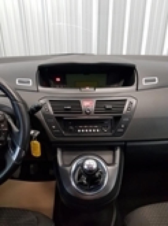 Photo 10 de l'offre de CITROEN GRAND C4 PICASSO 1.6 HDI110 FAP PACK AMBIANCE 7PL à 6990€ chez Auto VEC