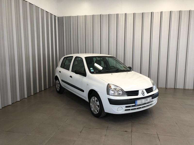 Photo 3 de l'offre de RENAULT CLIO II 1.2 60CH CAMPUS 5P à 4490€ chez Auto VEC