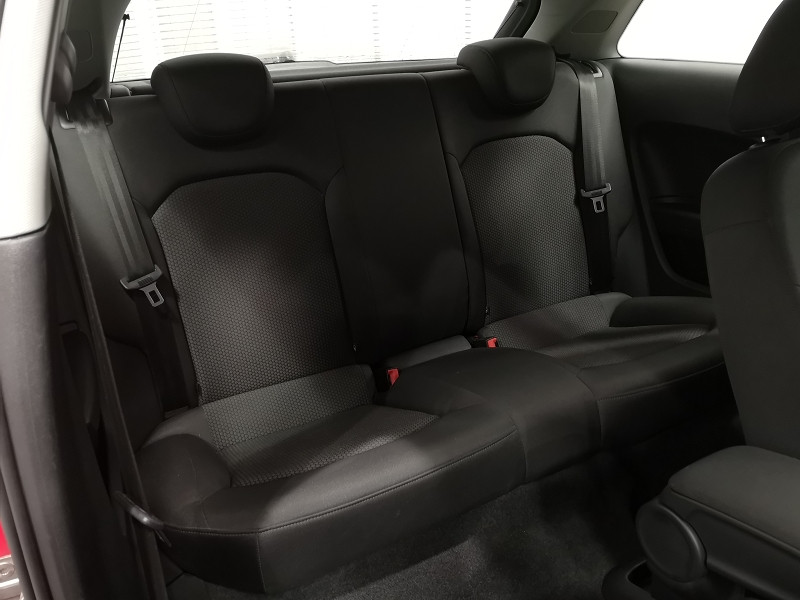 Photo 10 de l'offre de AUDI A1 1.4 TFSI 122CH ATTRACTION à 11990€ chez Auto VEC