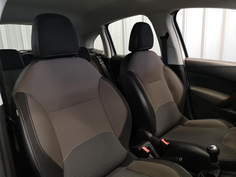 Photo 11 de l'offre de CITROEN C3 1.0 VTI PURETECH CONFORT à 7490€ chez Auto VEC