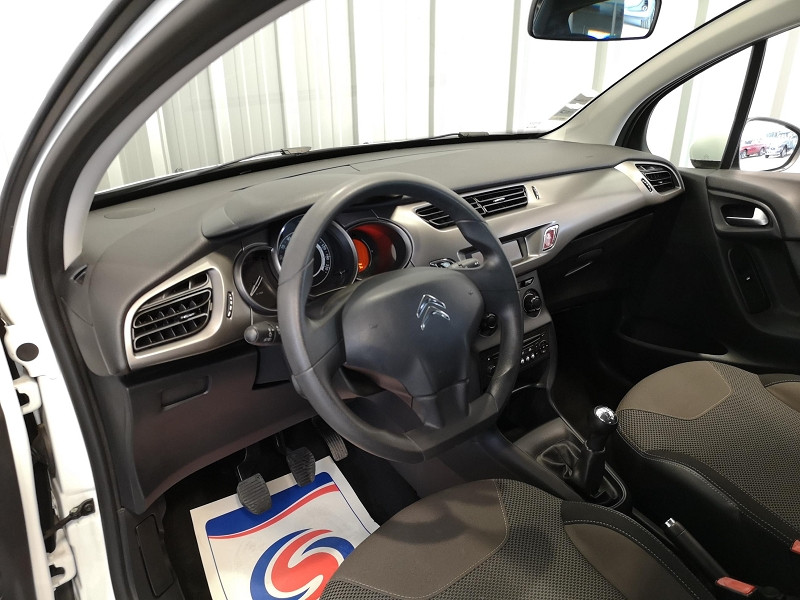 Photo 7 de l'offre de CITROEN C3 1.0 VTI PURETECH CONFORT à 7490€ chez Auto VEC