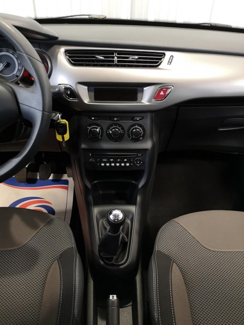 Photo 10 de l'offre de CITROEN C3 1.0 VTI PURETECH CONFORT à 7490€ chez Auto VEC