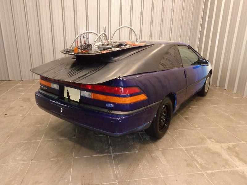 Photo 5 de l'offre de FORD PROBE SOHC 12-VALVE INLINE4 GL 2.2 110CV RETOUR VERS LE FUTUR à 9990€ chez Auto VEC