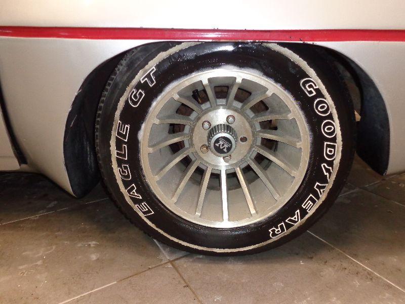 Photo 10 de l'offre de CHEVROLET CAMARO V8 147 ROBOCOP à 14990€ chez Auto VEC