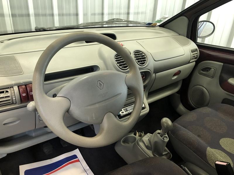 Photo 9 de l'offre de RENAULT TWINGO 1.2 60CH AUTHENTIQUE à 3990€ chez Auto VEC