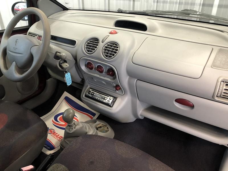 Photo 17 de l'offre de RENAULT TWINGO 1.2 60CH AUTHENTIQUE à 3990€ chez Auto VEC