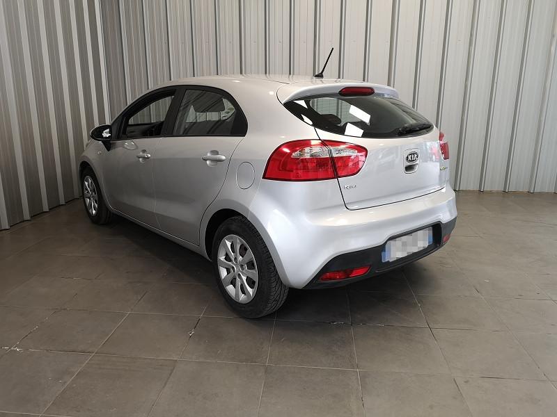 Photo 6 de l'offre de KIA RIO 1.1 CRDI STYLE ISG 5P à 6490€ chez Auto VEC