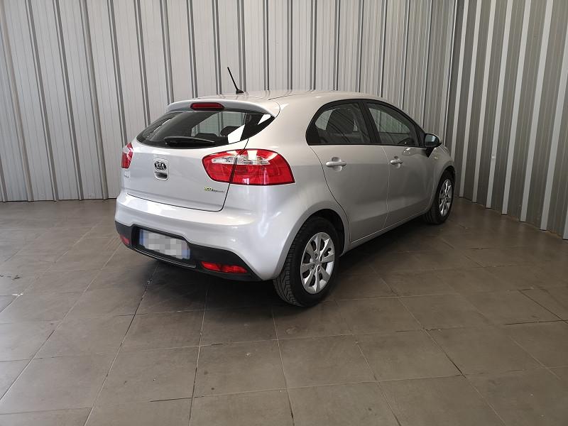 Photo 5 de l'offre de KIA RIO 1.1 CRDI STYLE ISG 5P à 6490€ chez Auto VEC