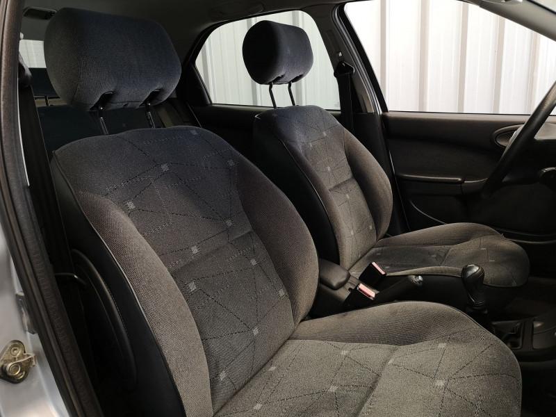 Photo 11 de l'offre de CITROEN XSARA 1.6 16V EXCLUSIVE 5P à 3990€ chez Auto VEC